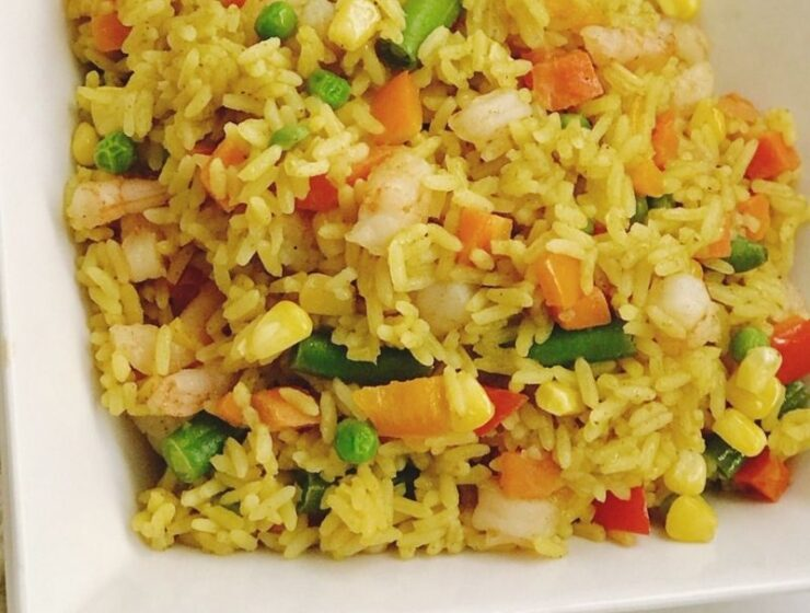 One-pot Shrimp Fried rice is made with mixed vegetables, shrimp, herbs and spices