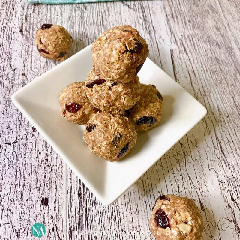 How to Make Quick and Easy Healthy an Nutty Granola Bites