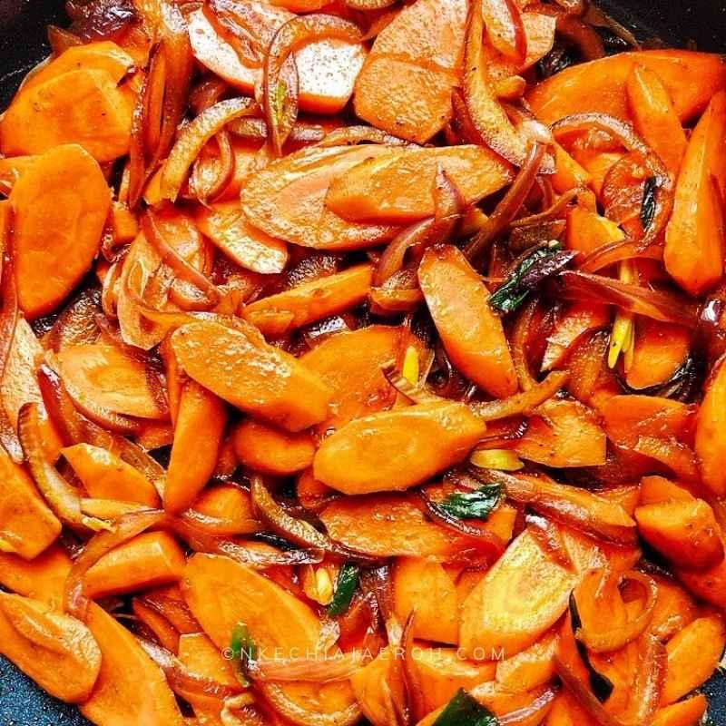 Easy chicken recipe #stirfry #chickendinner #Chickenstirfry #healthystirfry #asianfood #healthyrecipe #Kechiskitchen #NkechiAjaeroh #lowcarbchickenstirfry