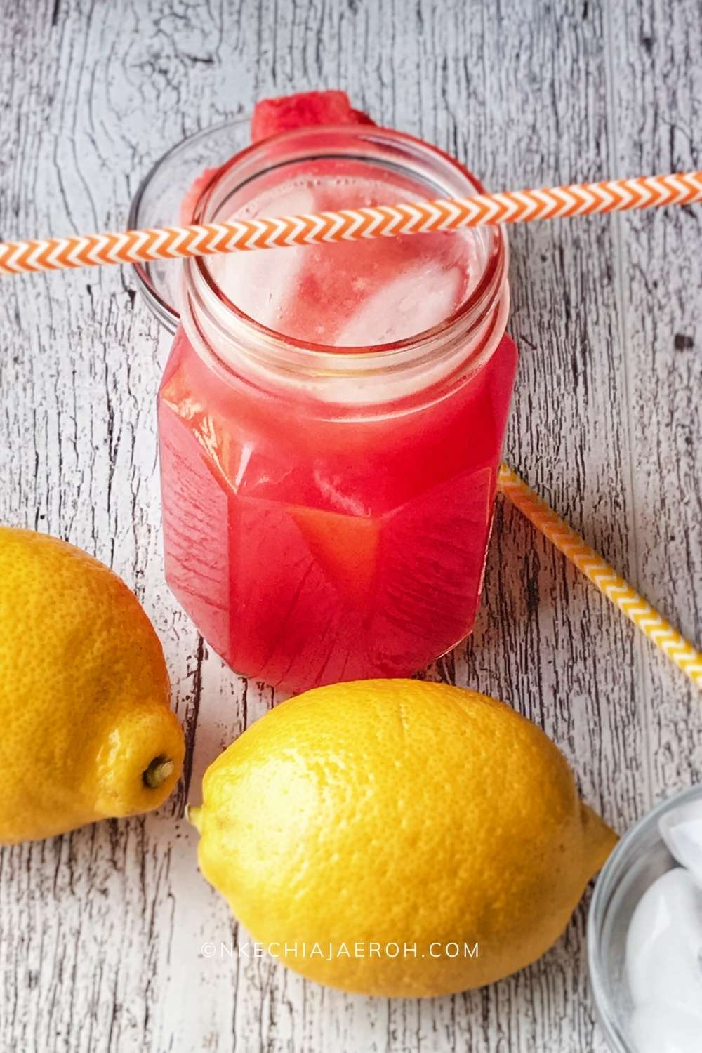 This immune-boosting and healthy watermelon lemonade is easy to make, and with only 3-ingredients – watermelon, lemon, and honey, you are all set! This is the best summer drink ever, very refreshing and invigorating; this easy and simple drink is kids-friendly, sugar-free, vegan, gluten-free, and low calorie! This is the best non-alcoholic drink for the entire family for the hot season and it is a crowd-pleaser. #watermelondrink #lemonade #Summerdrink #watermelon #summertimedrink #healthydrink