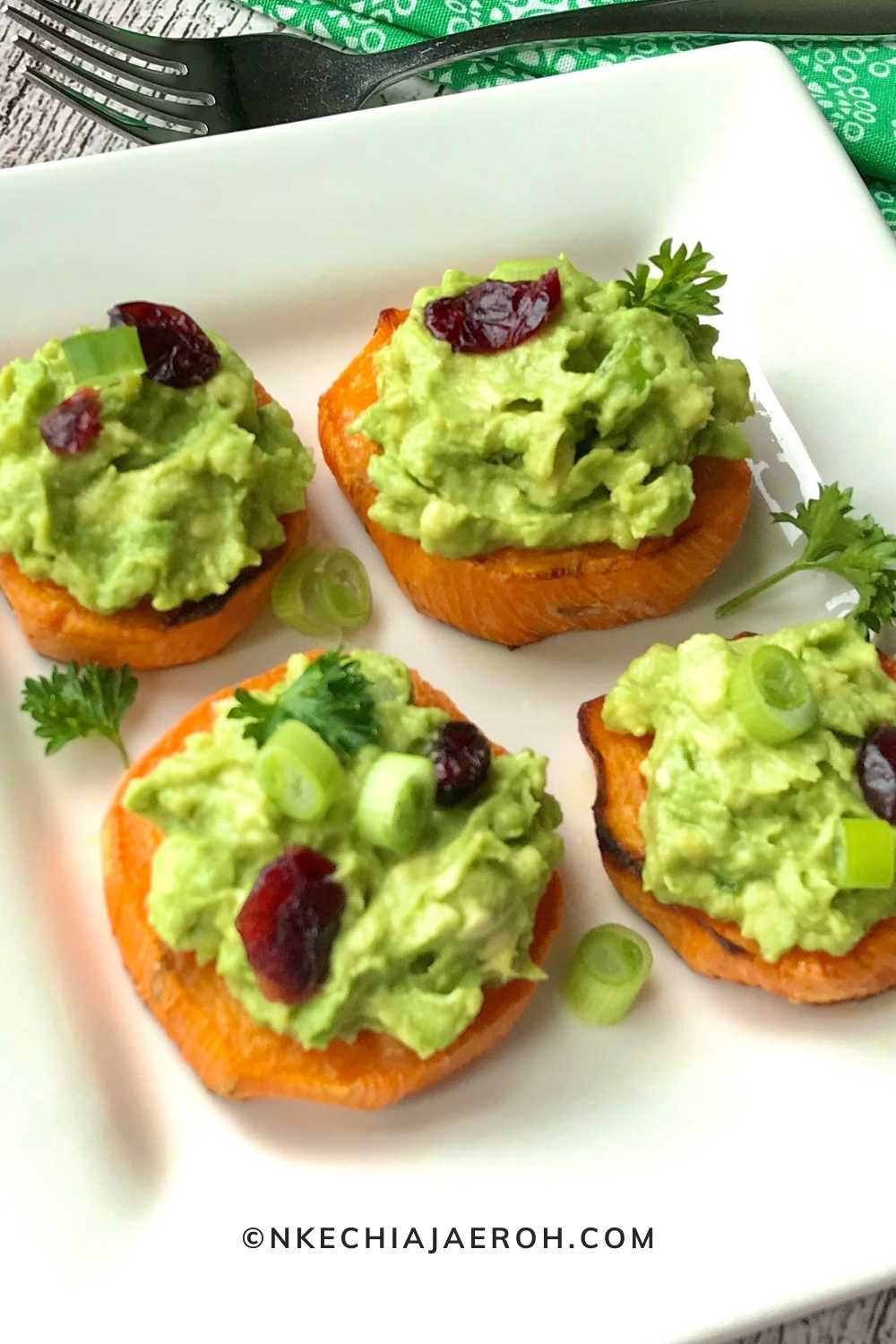 These baked sweet potato avocado rounds are just the perfect appetizer, snack, and all-round best crowd-pleasing finger food! Whether you are welcoming guests or preparing for a family get-together, this healthy sweet potato cups with guacamole is a must! Also, these healthy bites are vegan, low carb, gluten-free, and super easy to make!