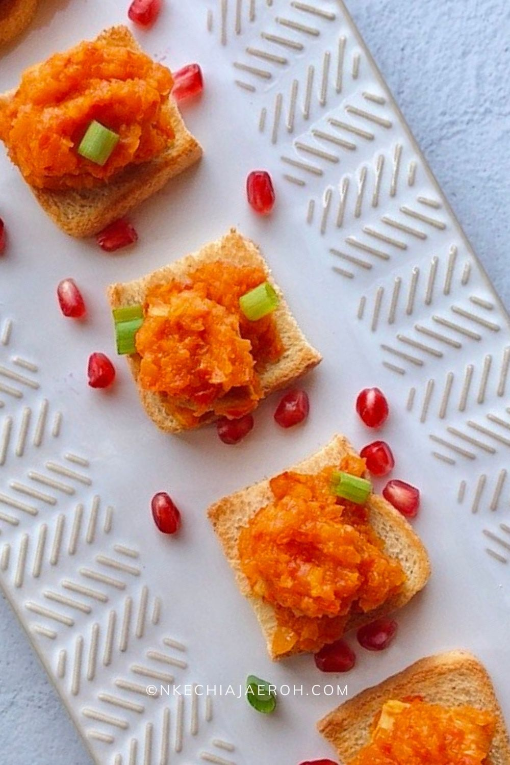 Look no further for a healthy and nutritious holiday appetizer; these healthy and easy to make peppered turkey bites on keto-friendly bread is about to be your best appetizer for any occasion, especially this holiday. These little bites are scrumptious, nutritious, and satisfying. Perfect for Thanksgiving, Christmas and any holiday!