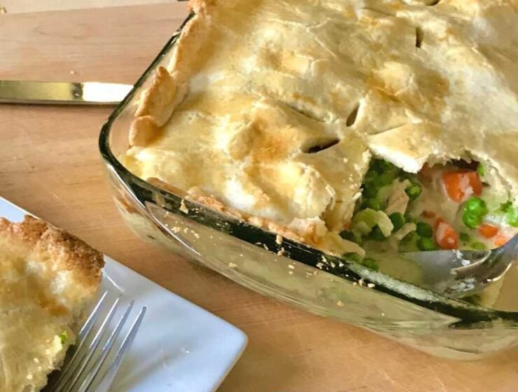This pot pie recipe is the best thing to make with Thanksgiving Turkey leftover, and the best part is that you can use whatever you have! Don't fret if you don't have leftover turkey meat; you can totally make this recipe with chicken.