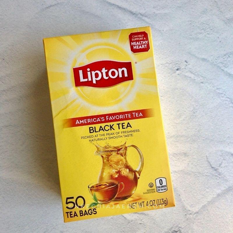 A pack of Lipton Black Tea